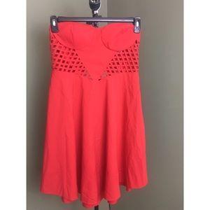 Red strapless dress (L)